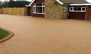 Resin bonding installed on a driveway